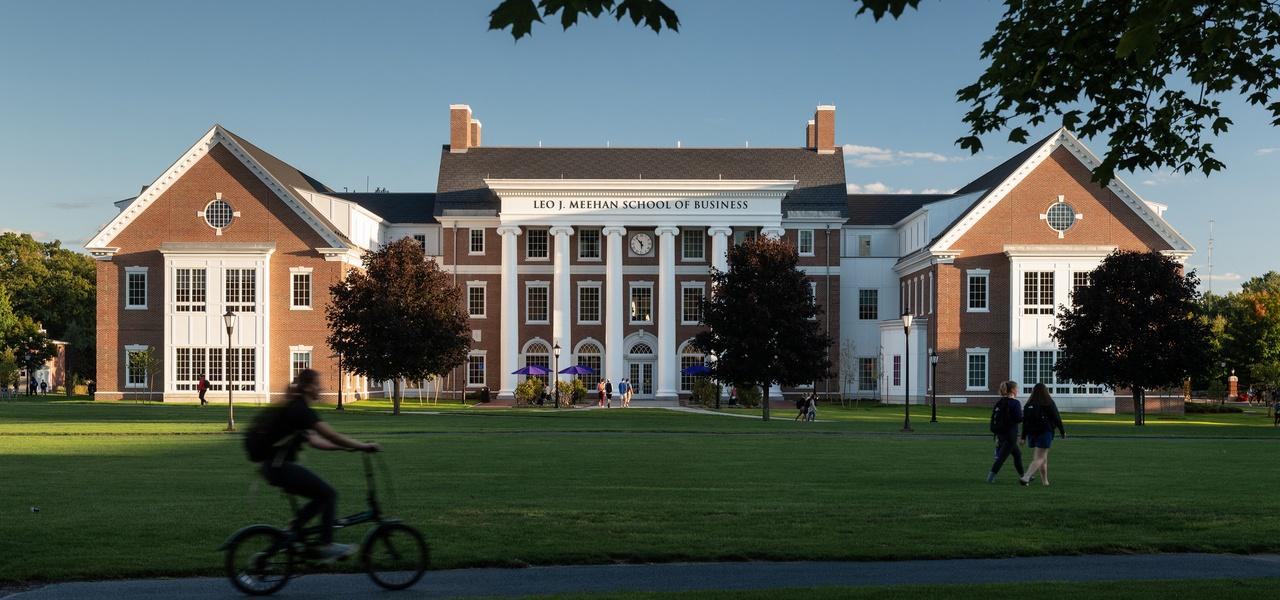 Leo J. Meehan School of Business, Stonehill College